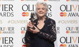 Angela Lansbury looking spectacular, as always, at the Olivier Awards